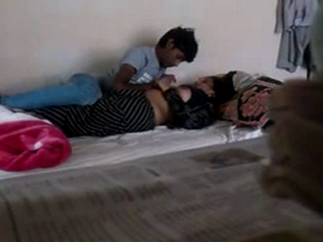 Daily Updates Indian Gf Homemade Sex Videos Real Amateur Indian Babes In Homemade Sex Videos And Picture